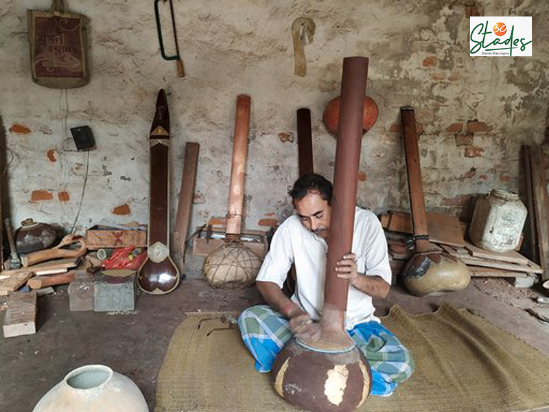 A quaint village in Hooghly becomes manufacturing hub for string instruments low cost veena rudra veena sitar rubab india 30stades