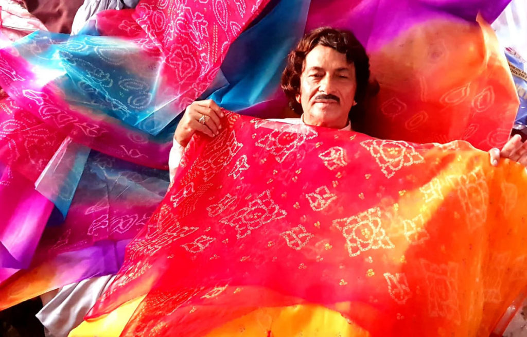 Padma Shri tie and dye craftsman Tayeb Khan for royals out of work after seven generations, 30STADES