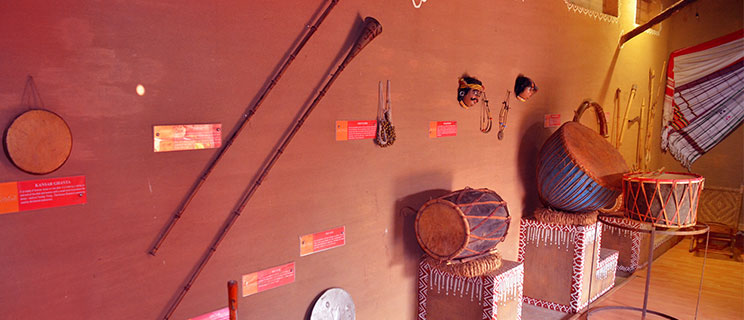 Maoist hub in Jharkhand transforms into eco-tourism spot reviving lost arts, Amadubi, Eco-tourism, tribal, dance, tribal food, art, paitkar paintings, paytkar, dokra craft, 30 stades