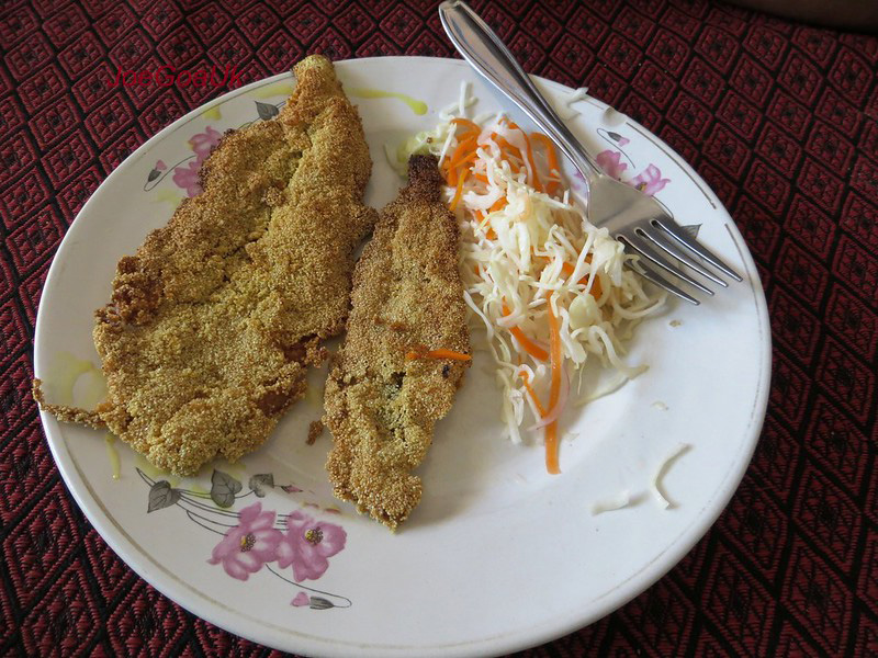 Food of the coastal Konkan region is marked by heavy use of coconut and fish. Bombay Duck, or bombil  above is a boneless fish (not duck) made in multiple variations.  30 stades