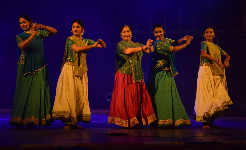 Uma Dogra with her students on stage. Pic: Facebook/Uma Dogra's School of Kathak