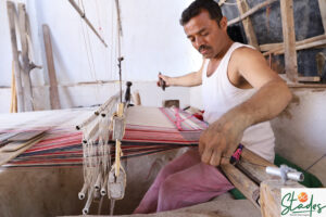 Watch: Spinning, dyeing, weaving…the making of Dhabla shawl in Gujarat's Bhujodi village kutch dhabla shawl 30 stades