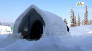 Igloo Café: India's first restaurant where even tables & benches are made of ice Gulmarg, north kashmir Ski sports 30 stades
