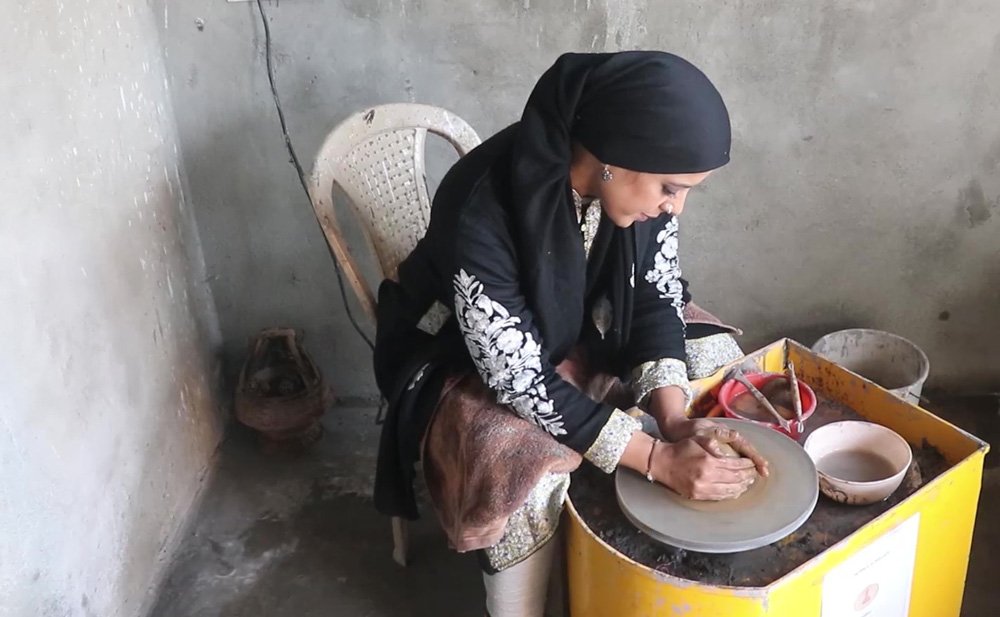 Watch Saima Shafi: Kashmir's engineer-cum-potter reviving the clay craft 30 stades pottery