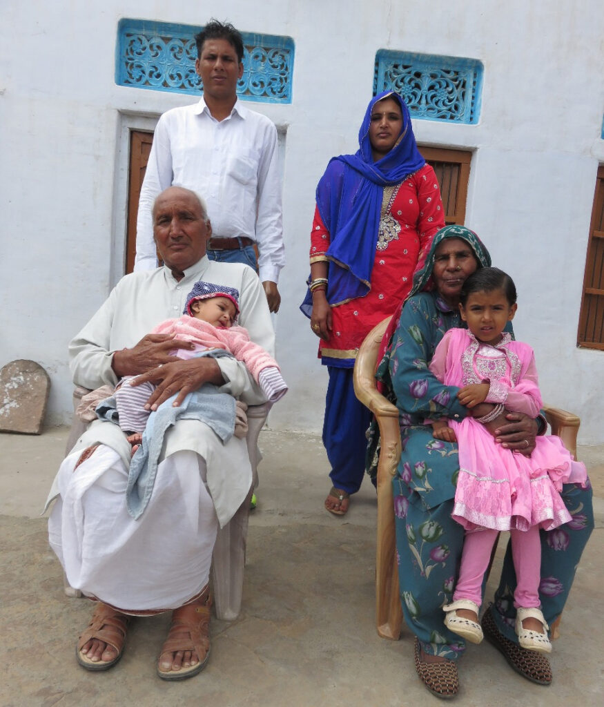 Devendra Jhajharia with his parents, wife and children. Pic: courtesy Devendra Jhajharia 30 stades