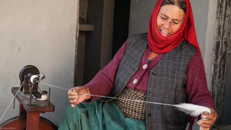 A Bhotia woman Hand-spinning wool. Pic: courtesy Himalayan Weavers 30 stades