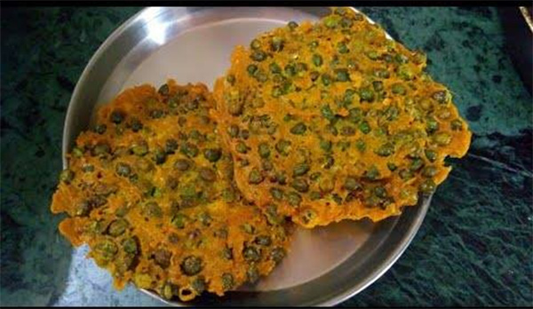 Bhabhra or green gram fritters. Pic: Flickr
