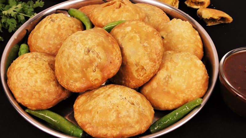 Dal kachoris - can be stuffed with moong or urad dal and had with sabji or chutneys. Pic: Flickr