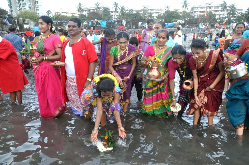 Narali Puran or Nariyal Purnima is an important day when coconut is offered to the sea before commencing fishing. Pic: Flickr