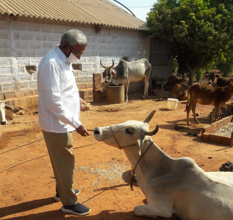 How this Rajasthan farmer went from zero to millions with organic farming using his own manures & sprays ratan lal daga 30 stades