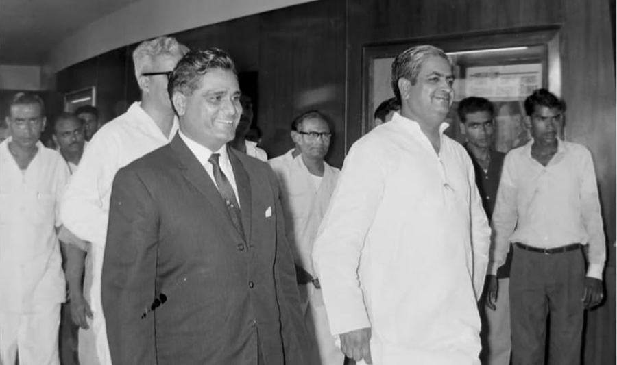 Gem Cinema on the day of inauguration by the then Rajasthan chief minister Mohanlal Sukhadia (right). Pic: Gem Cinema