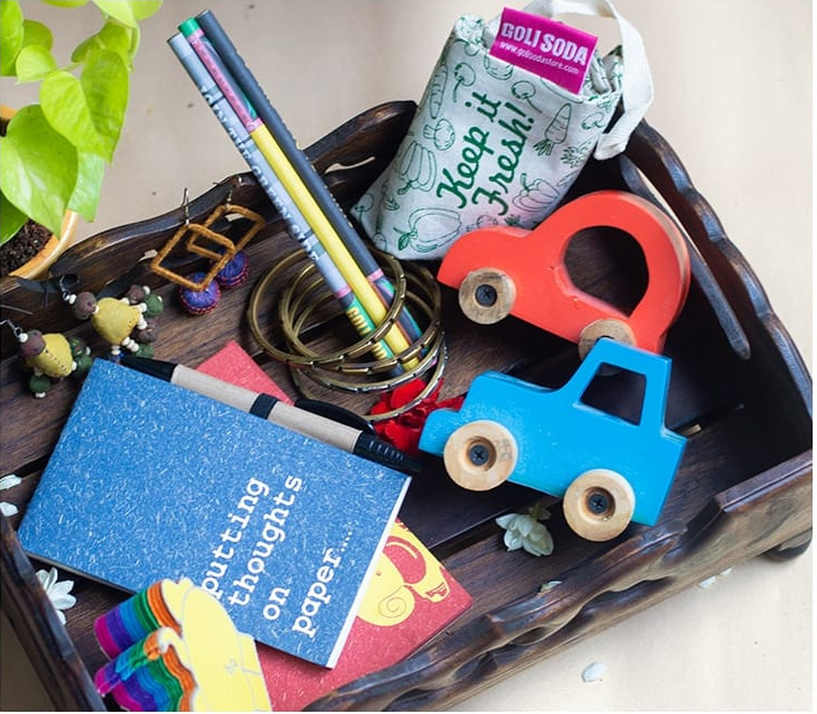 Stationery and toys made using recycled paper and elephant dung