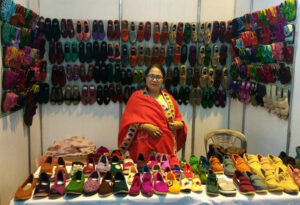 How a Manipur mother's hand-knitted shoes found a global market muktamani woollen shoes handmade 30 stades