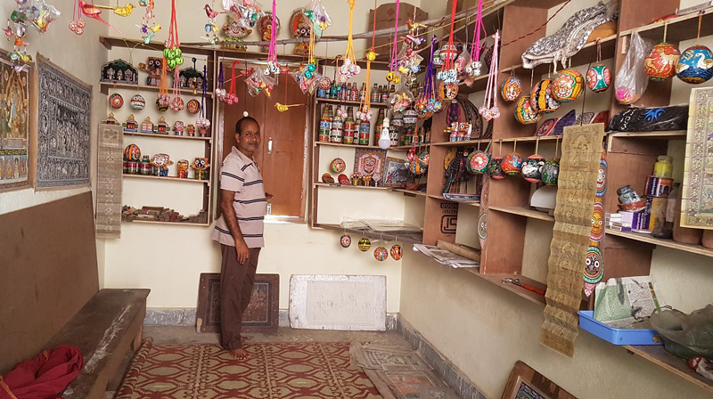 An artisan's home-cum-shop in Raghurajpur houses Pattachitra paintings, recycled art and Pothi Chitra. Pic: Manish Kumar