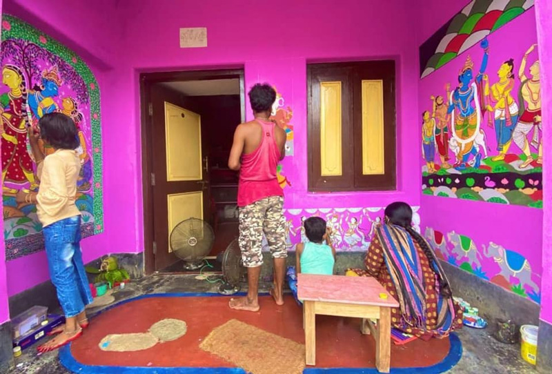 Murals in front of every house in Raghurajpur makes the village look like an art museum. Pic: Flickr
