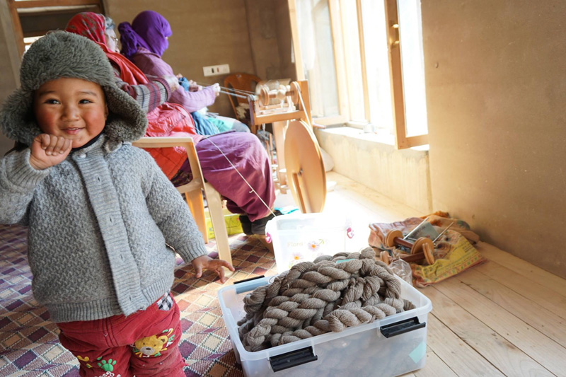 Nawang Phuntsog's venture allows women to work from home and simultaneously look after children and aged parents. Pic: Facebook/@nomadicwoollenmills 30 stades