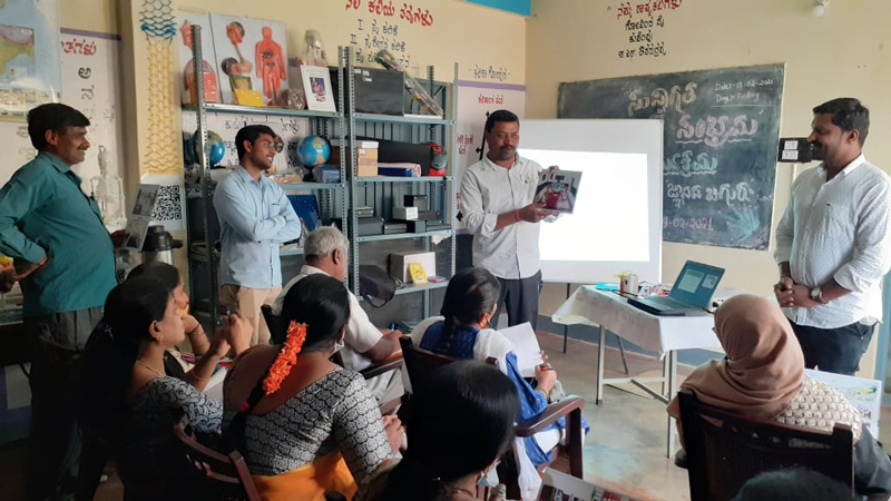 A teachers' training workshop being conducted by Mantra4Change. Pic: Mantra4Change 30 stades