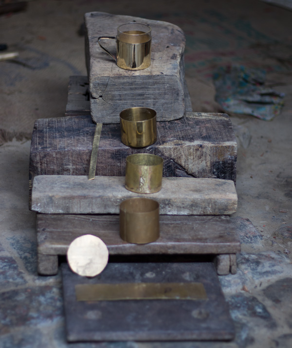 Transformation of a brass sheet into a Borosil brass teacup by a thathera artisan. Pic: P-TAL 30stades